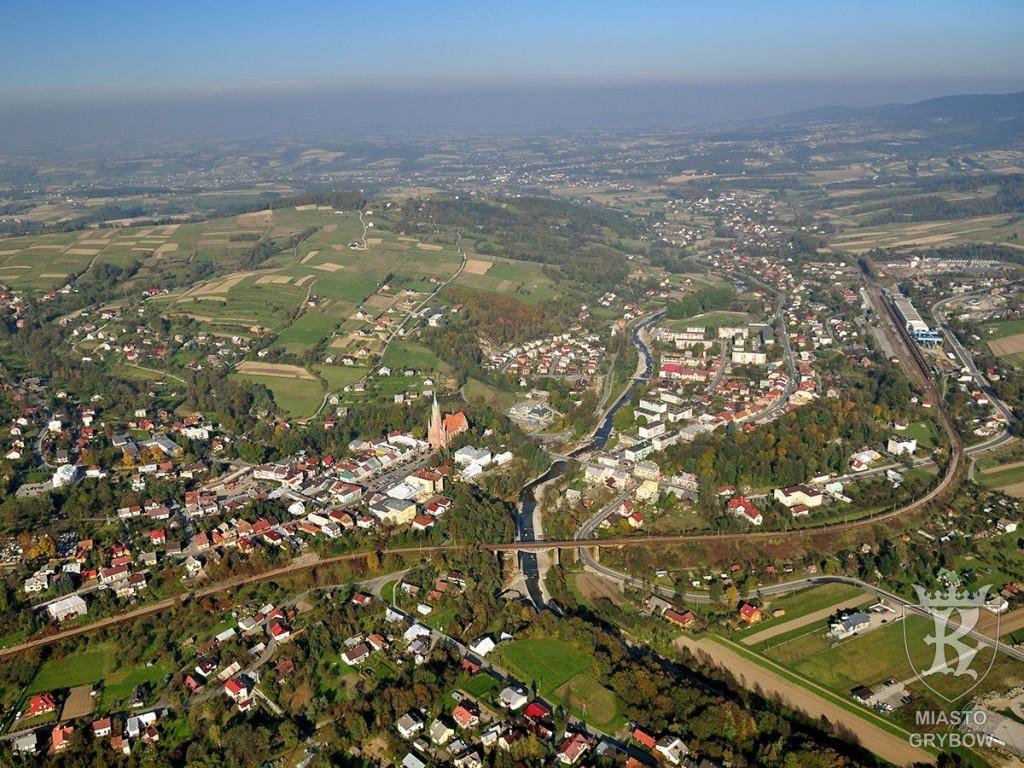 Panorama grybowskiej doliny w kierunku Stróż, fot. Andrzej Klimkowski (2010)