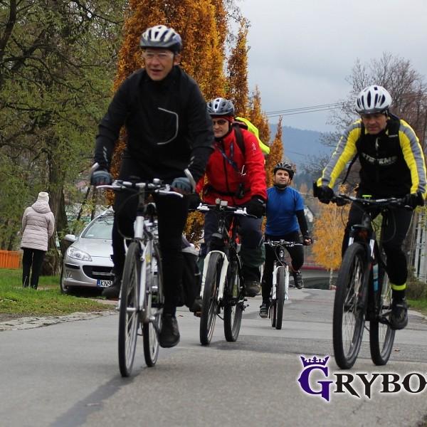 Grybow24.pl: I Niepodległościowy Rajd Rowerowy w Grybowie