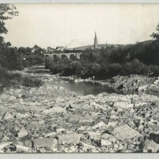 Grybów. Widok na most