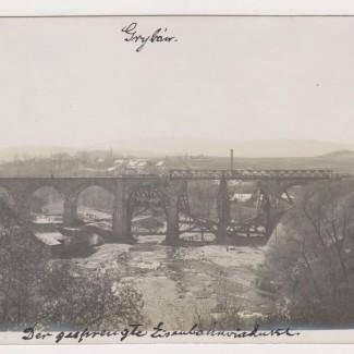 Grybów. Widok na wiadukt i miasto w 1915 roku