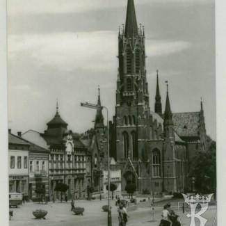 Grybów. Neogotycki kościół z 1914 roku
