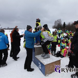 2016-01-16/29: Grybow24.pl - Nauka jazdy na nartach na stoku w Tyliczu