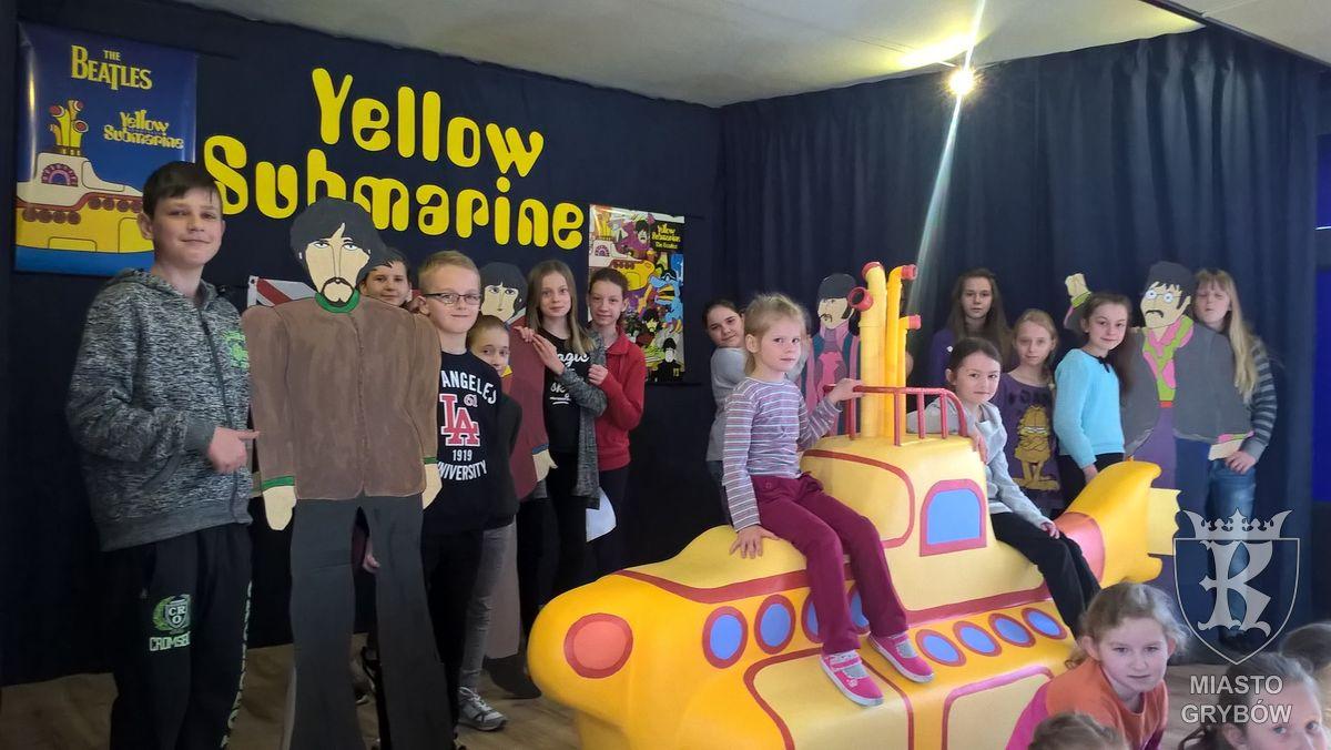 """2016-04-11: Za kulisami konkursu piosenki angielskiej """"Yellow Submarine"""