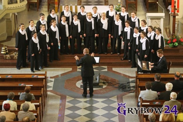 2016-05-15: Grybow24.pl - Koncert Dziewczęcego Chóru Katedralnego