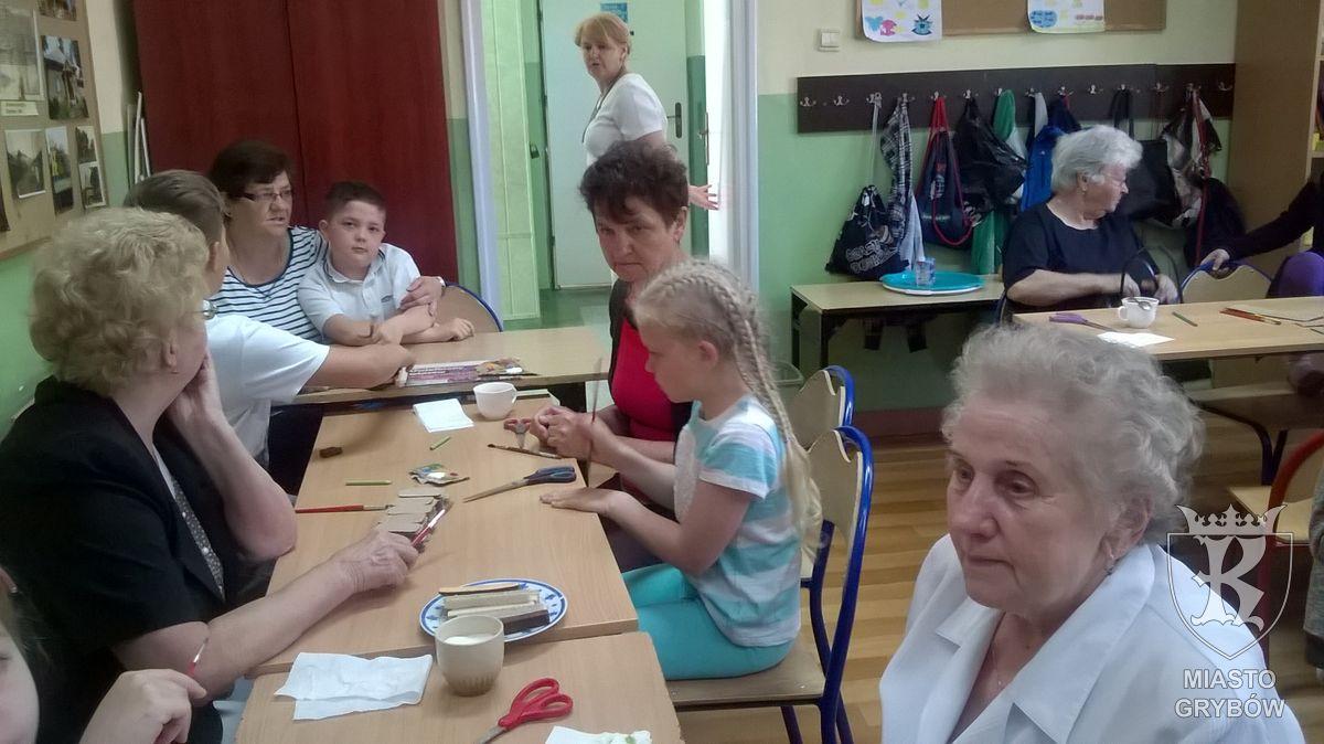 """2016-05-23: Realizacja projektu """"Nikt poza nawiasem - pokolenia wewspólnym dialogu"""""""