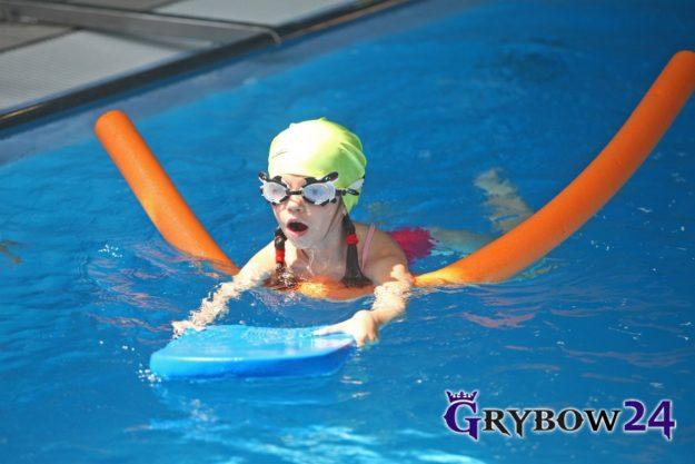 "Grybow24.pl: Projekt ""Już pływam"""