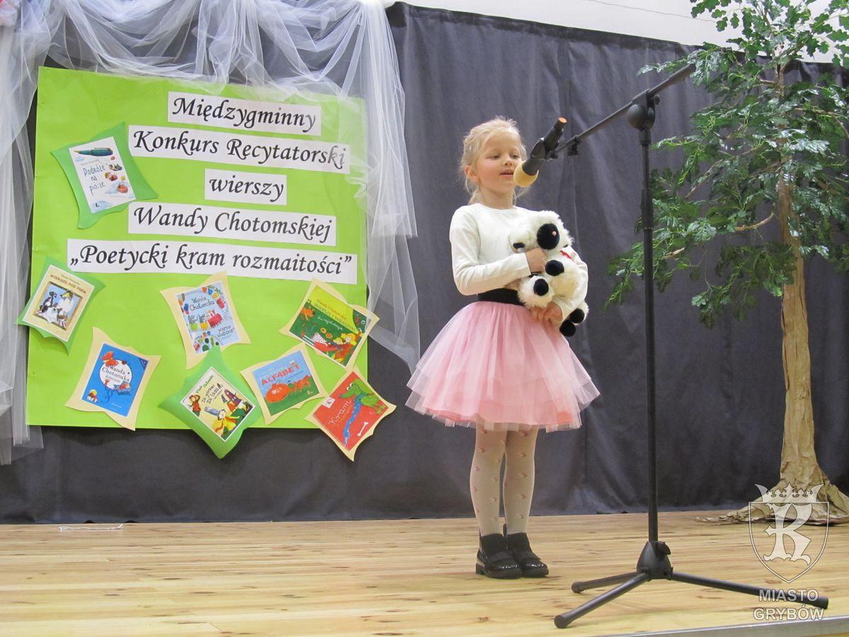 """Konkurs """"Poetycki Kram Rozmaitości"""""""