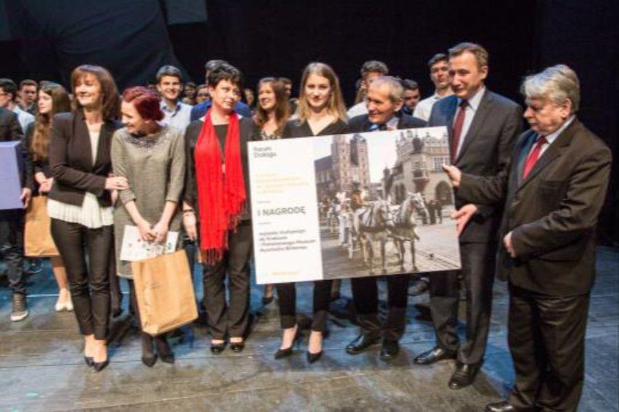 Forum Dialogu: Uczniowie zGrybowa poznają żydowską historię swojego miasta
