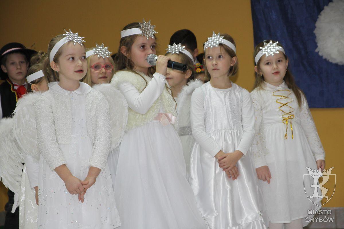 2017-01-25: Dzień Babci i Dziadka - Szkoła Podstawowa Nr 2 w Grybowie