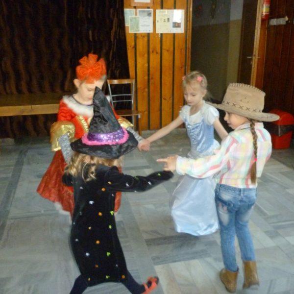 2017-01-30: Ferie 2017 - Zabawa karnawałowa w MDK