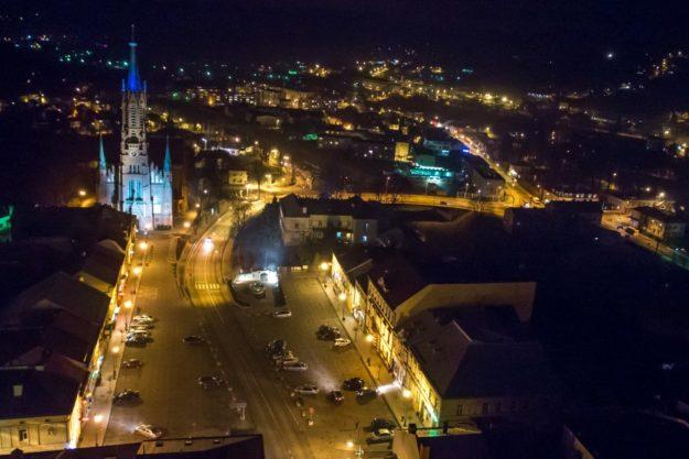 Grybów nocą (fot. Grybow.tv)