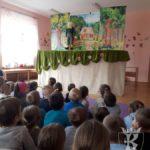 """2017-04-21: Teatr """"Bajka"""" w Przedszkolu - spektakl """"Jaś i Małgosia"""""""