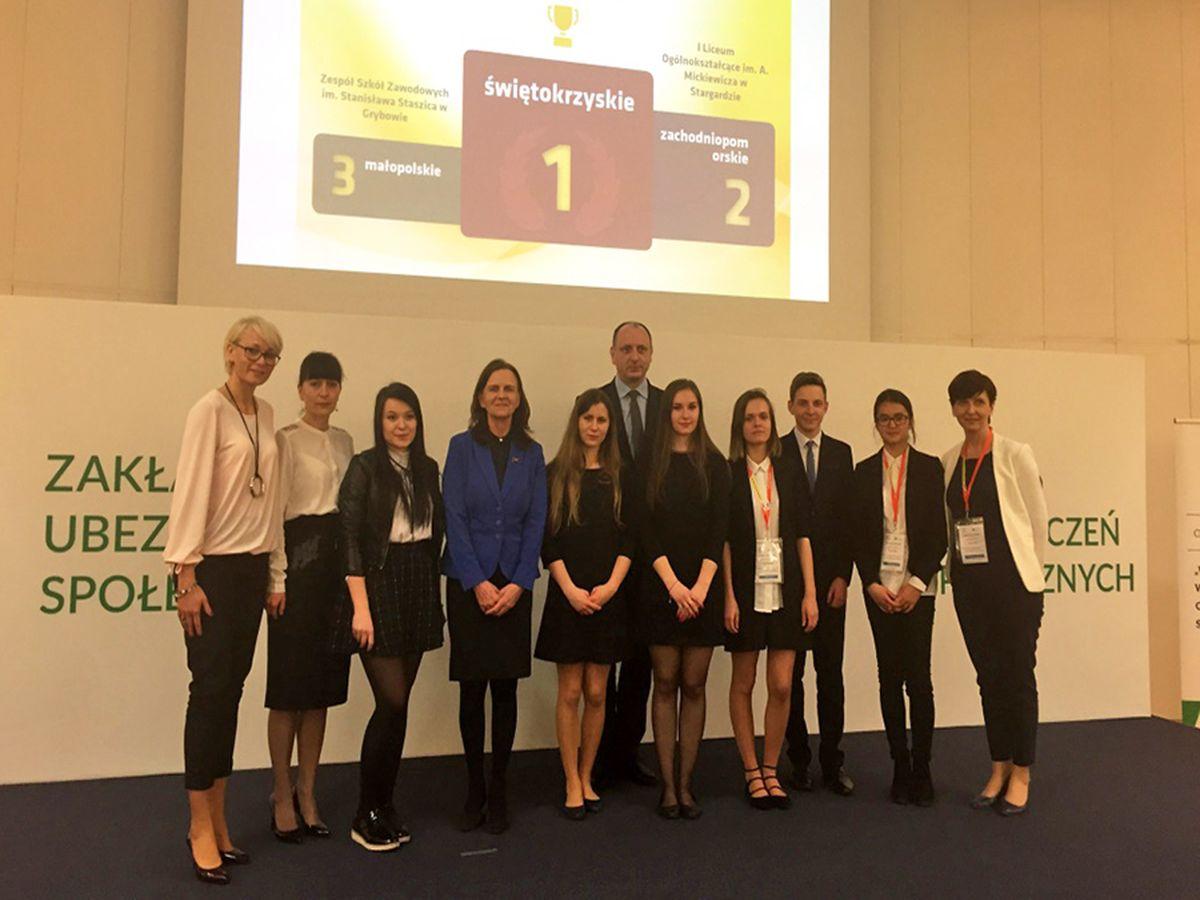 2017-04-26: Konkursowe podium dla uczennic ZSZ w Grybowie
