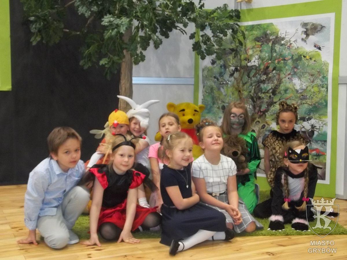 """2017-05-19: Międzygminny Konkurs Recytatorski pt. """"O ptakach, psiakach i innych zwierzakach"""""""