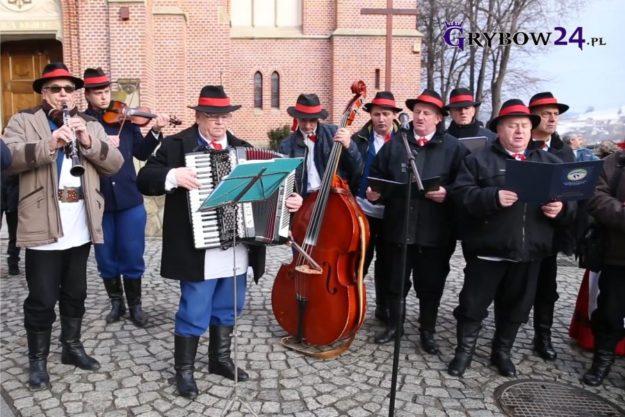 Grybow24.pl: III Wigilia na Rynku w Grybowie