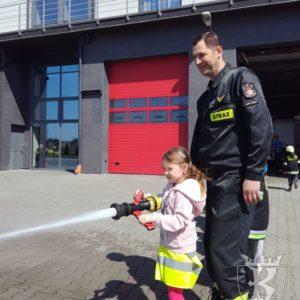 2018-04-09: Najmłodsi u strażaków w Nowym Sączu