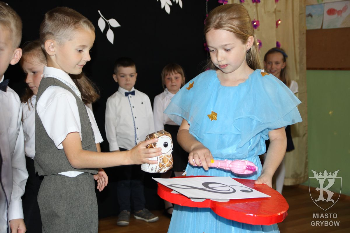 2018-10-12: Ślubowanie uczniów klas pierwszych w SP2