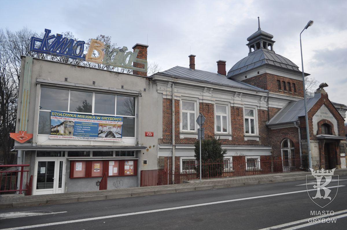 """Budynek dawnego Towarzystwa Gimnastycznego """"Sokół"""" w Grybowie"""