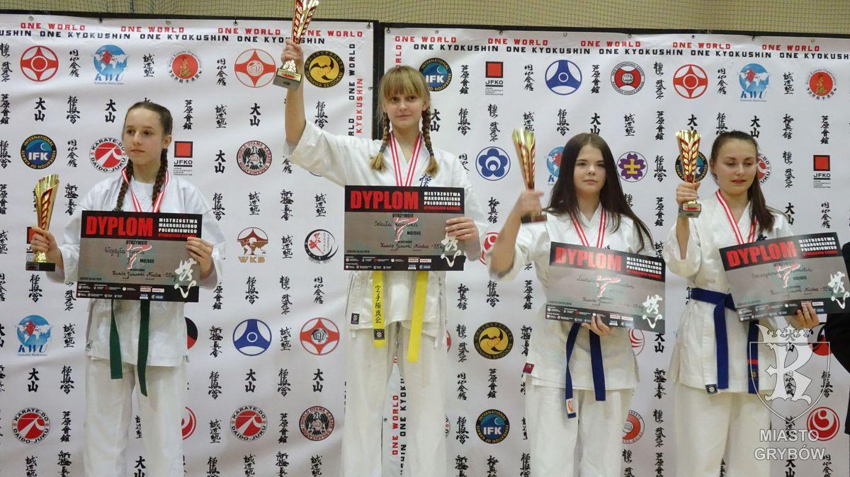 2019-03-30: Karolina Sekuła - Mistrzynią Makroregionu Południowego - Karate Kyokushin