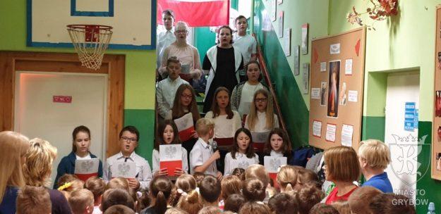 2019-04-30: Trzeciomajowa akademia w Dwójce