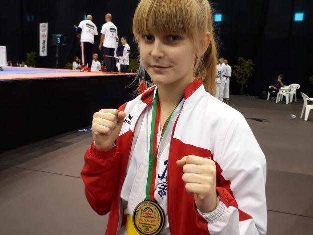 2019-10-25: Karolina Sekuła - Brązowy medal na Mistrzostwach Europy w Karate Kyokushin