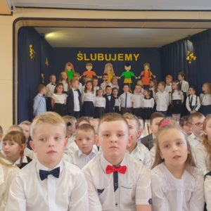 2019-10-30: Ślubowanie pierwszoklasistów w grybowskiej Jedynce
