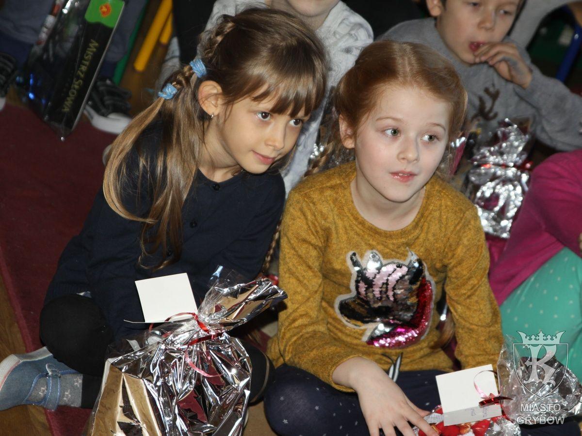 2019-12-05: Wizyta Świętego Mikołaja w SP 2
