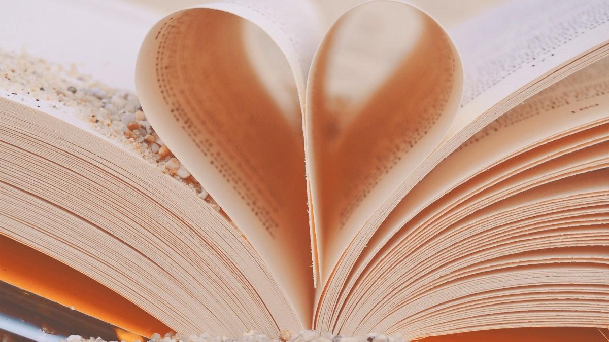 Biblioteka poleca: Z książką na Dzień Matki