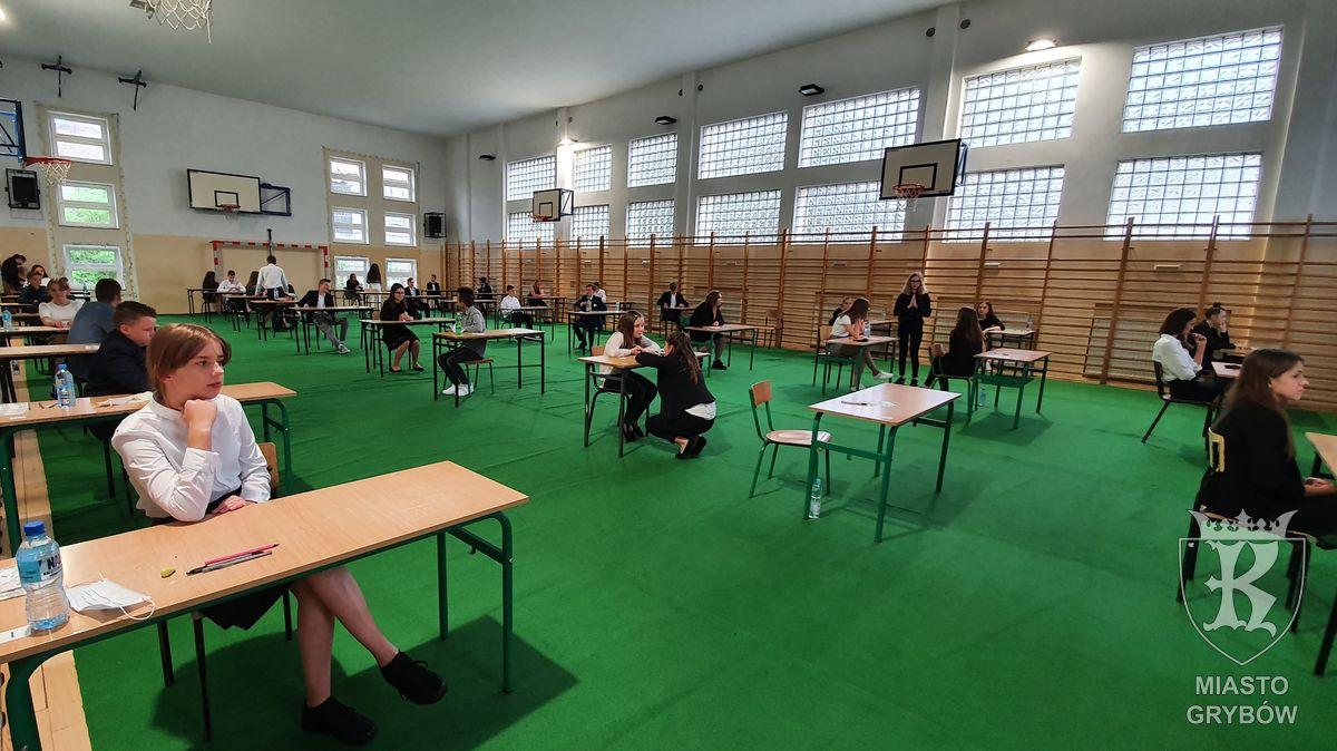 2020-06-16/18: Egzamin ósmoklasisty w Szkole Podstawowej nr 1 w Grybowie
